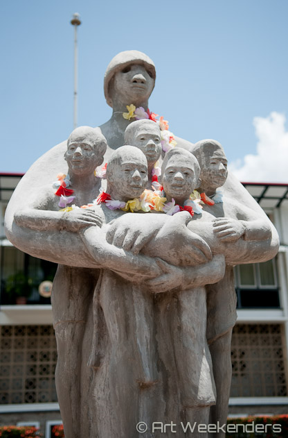 Suriname-Paramaribo-Sculpture