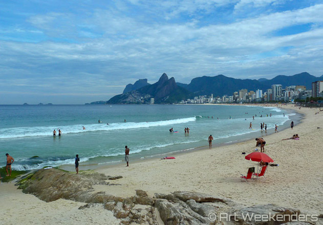 Brazil-Rio-de-Janeiro-Ipanema-beach