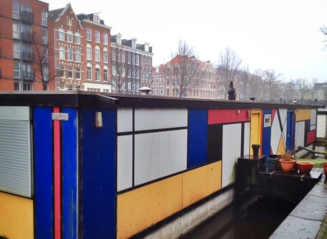 The-Netherlands-Amsterdam-Mondrian-Houseboat