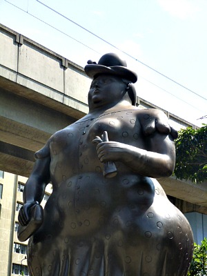 Botero - Big Woman - Medellin Fernando Botero's Sculptures Around the World