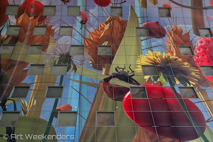 Rotterdam Markthal: Netherlands-Rotterdam-IABR-Markthal-side-artwork