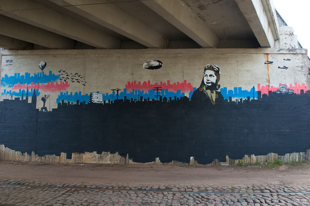 Latvia-Riga-Street-art-Hop-Louie