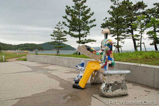 Japan-Naoshima-Niki-de-saint-phalle-le-banc