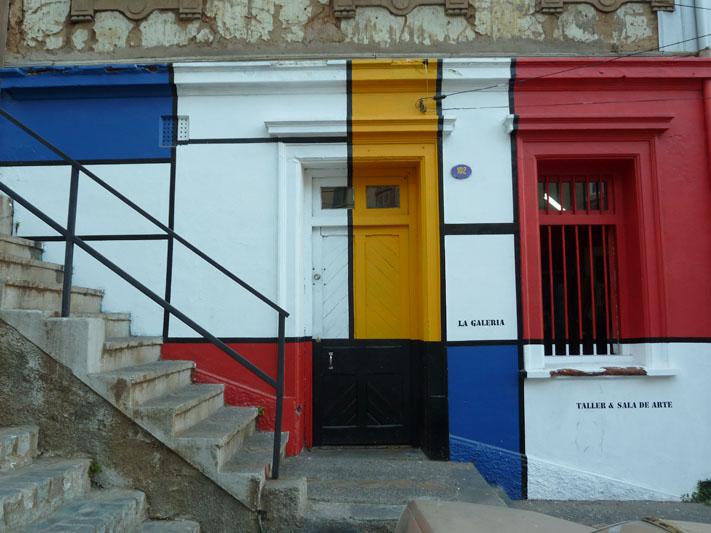 Chile-Valparaiso-mondriaan-street-art