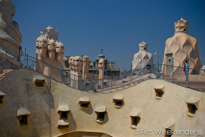 Spain-Barcelona-Casa-Mila-La-Pedrera-Gaudi