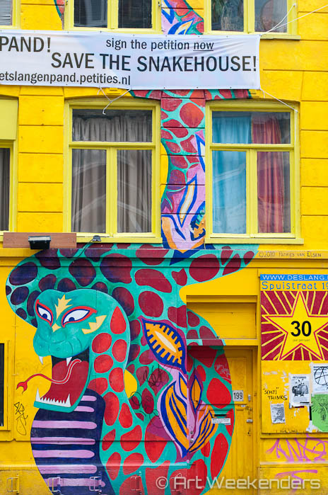 The-Netherlands-Amsterdam-De-Slang-Snake-House-Street-Art