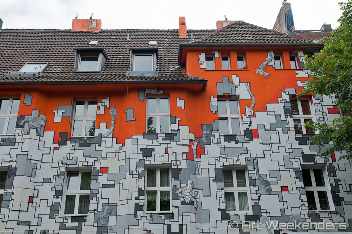 Street-art-Dusseldorf-Germany-Duesseldorf-Kiefernstrasse