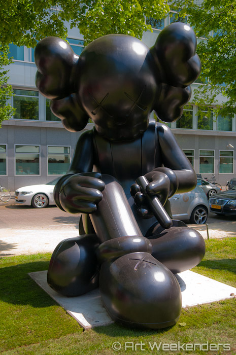 Art-Exhibitions-In-The-Netherlands-Amsterdam-ArtZuid-Sculpture-Route-KAWS