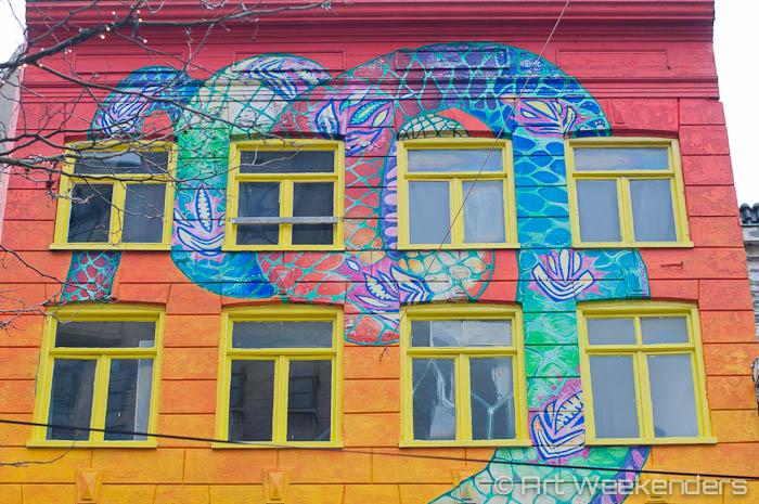 The-Netherlands-Amsterdam-De-Slang-Snake-House-Street-Art (1)